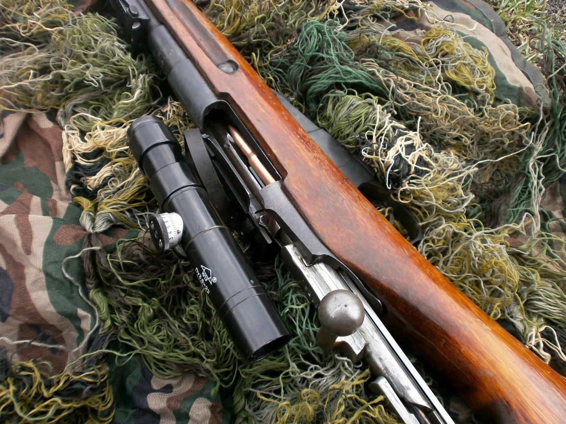Zbraní akčních filmů - střílení zážiktek, akční střelba