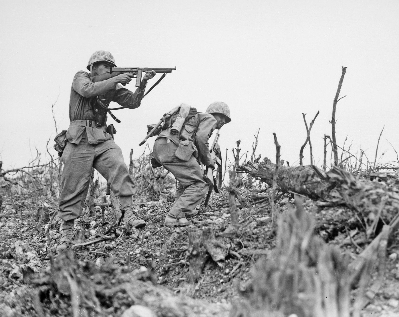 Zbraně druhé světové války V.I.P. - 13 zbraní a 70 nábojů