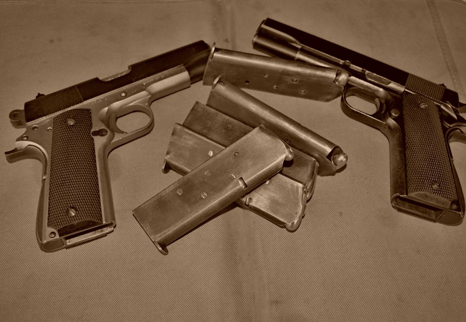 Pistole na zkoušku 5 zbraní nkteam