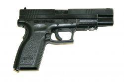 Pistole na zkoušku 8 zbraní