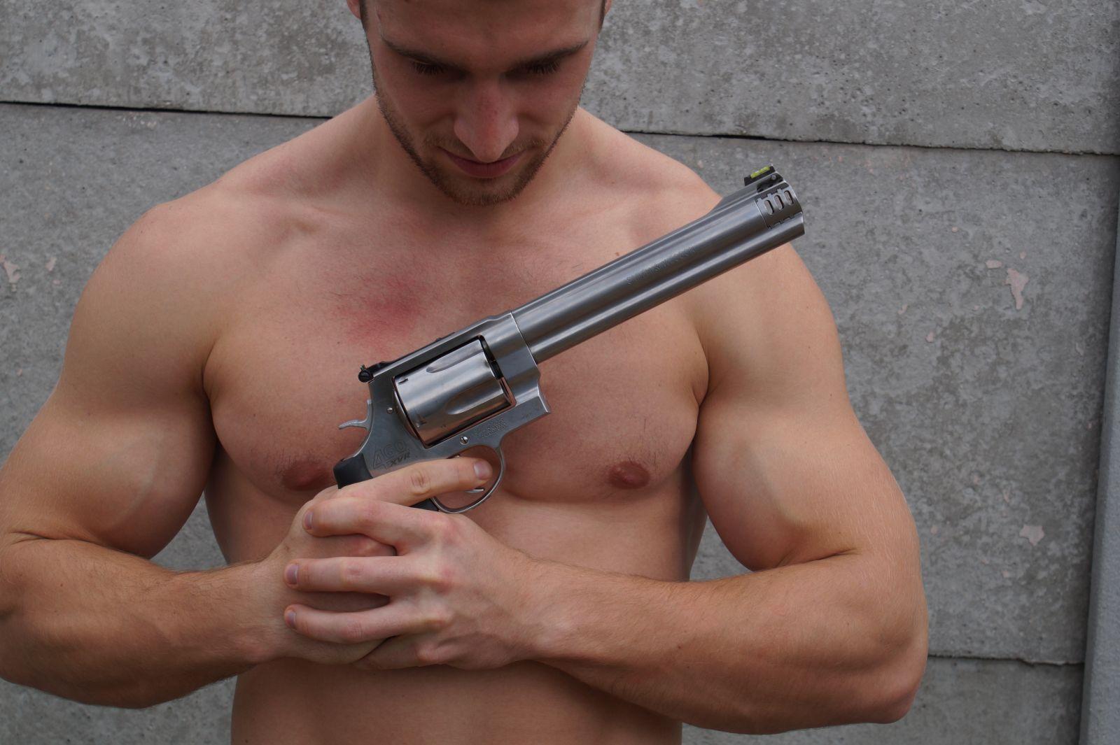 Průřez světem zbraní - BASIC