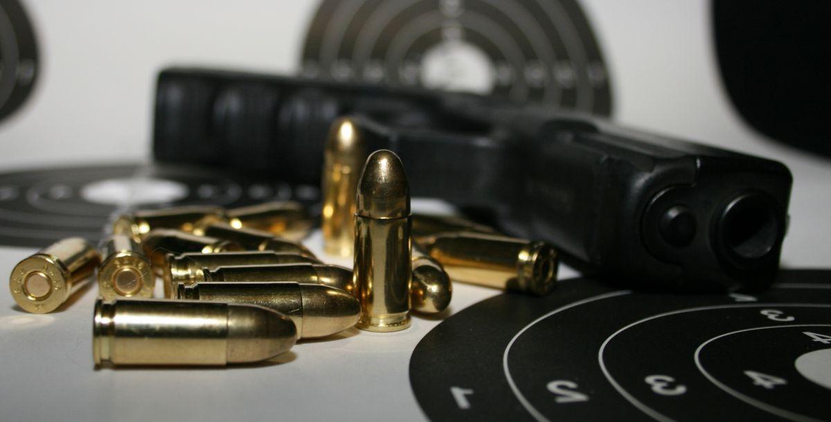 Základ - průřez světem zbraní Akční střelba